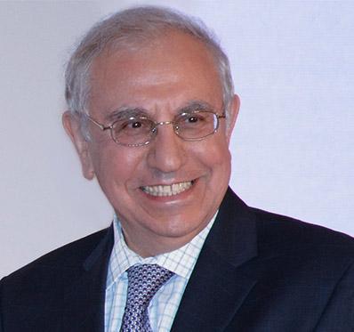 Dr  Amin Arnaout recipient of prestigious Homer W  Smith Award