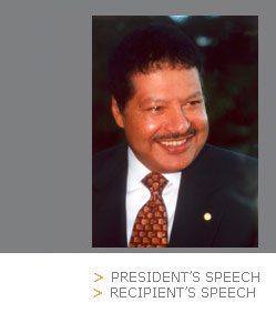 photo of Ahmed Zewail - AUB 2005 Honorary Degree Recipient